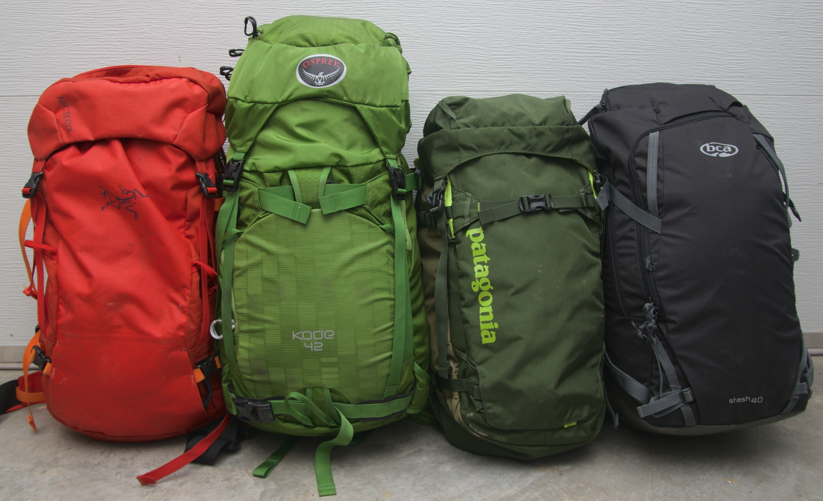 Comparison Review: Mid-size Ski Packs